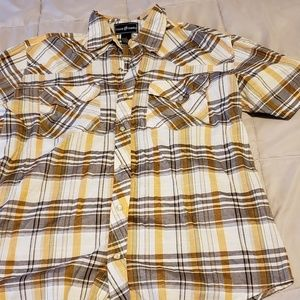 Other - Men's short sleeve button up shirt size large